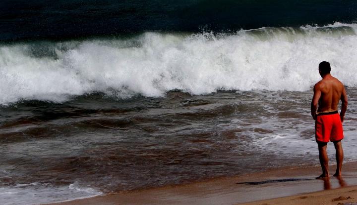 Gelombang Tinggi Mengintai Perairan Indonesia, BMKG: Warga di Pesisir Waspada