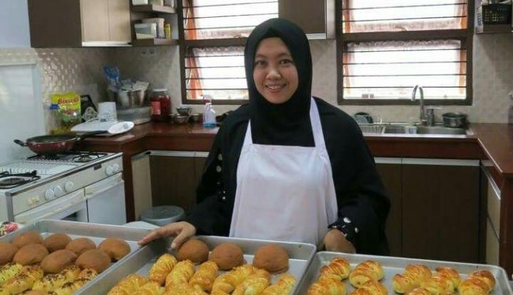 Foto Berita Ketika Aktor Ali Syakieb Coba Peruntungan di Bisnis Kue
