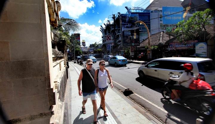 Foto Berita Besok, Perbankan di Bali Beroperasi Terbatas