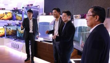 Foto Panasonic Patok Penjualan TV tumbuh 140%