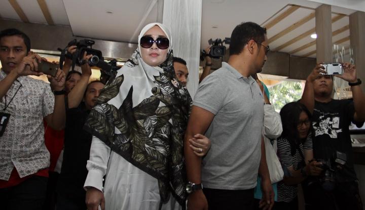 Foto Berita Kolesterol Firza Husein Naik Usai Ditetapkan Jadi Tersangka