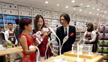 Foto MINISO Membuka Store Terbesar Kelima di Indonesia