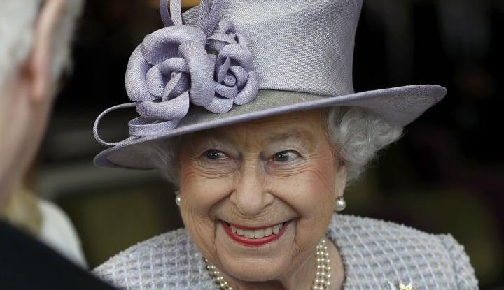 Foto Berita Ratu Elizabeth: Inggris Tengah Murung Namun Tetap Tegar