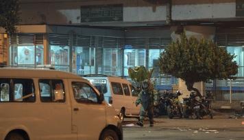 Foto Polisi Janji Ungkap Tuntas Bom Kampung Melayu