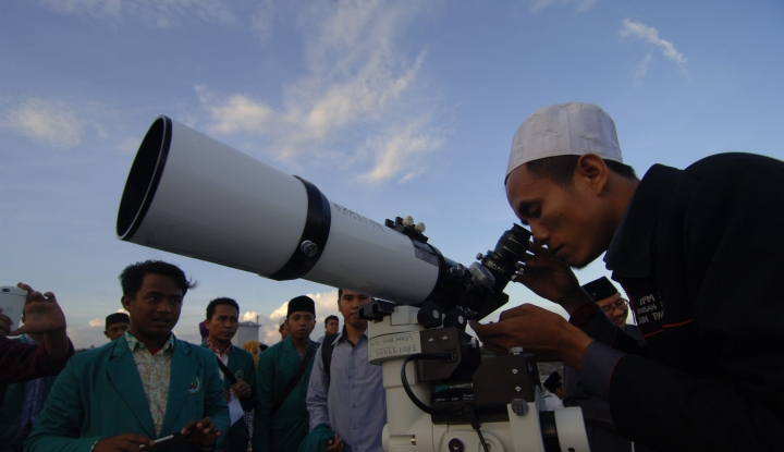 observatorium bosscha amati hilal di lembang
