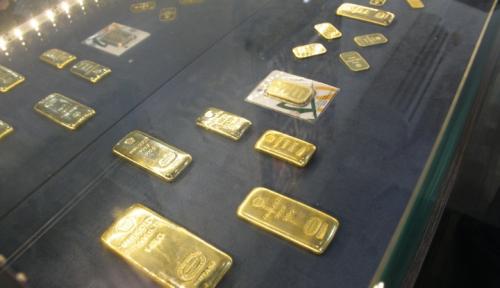Foto Harga Emas di Palembang Meroket