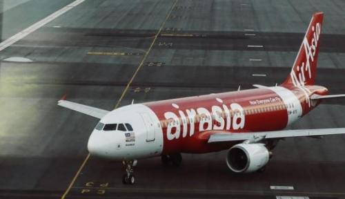 Foto Air Asia Kembali Alami
