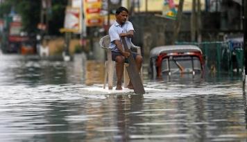 Foto Korban Jiwa Capai 180 Orang, Sri Lanka Kerahkan Lebih Banyak Militer