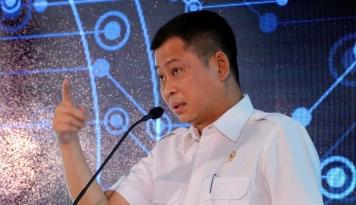Foto Hore! Jonan Pastikan TDL Tak Naik Sampai 2019, Janji Ya Pak?