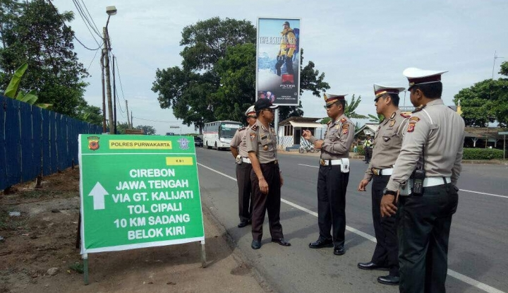 Foto Berita Polda Jateng Kerahkan 10.358 Personel Amankan Mudik