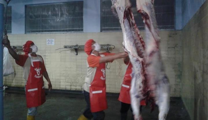Gelar Operasi Pasar, Indoguna Jual Daging Sapi dengan Harga Normal