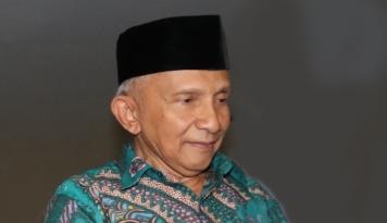 Foto Hasto 'Serang' Amien Rais, Balasan PAN 'Ngeri'
