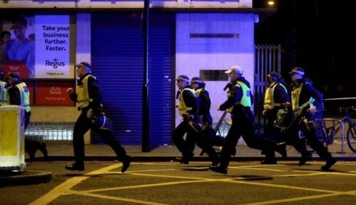 Foto Berita Lagi, Sebuah Van Tabrak Pejalan Kaki di London