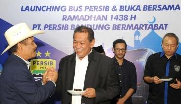 Foto Deddy Mizwar Sebut Bus Persib Sekelas Klub Internasional