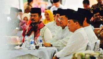 Foto Curhatan Pak JK Soal Susahnya Berbuka Bersama Keluarga