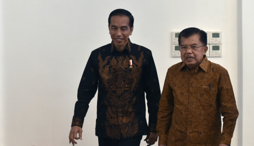 Foto DPR vs KPK, Pak JK Dukung Siapa?