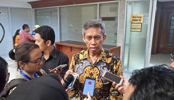 Foto Berita Edy Setiady Deteksi Dua Tantangan di Sektor IKNB