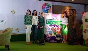 Foto Promina Luncurkan Produk Baru Promina Puffs untuk Snacking Bayi
