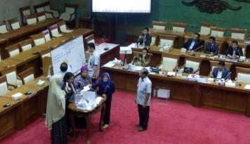 Pilih Calon Anggota BPK Kontroversial, DPR Dinilai Langgar Konstitusi