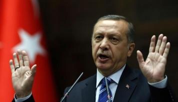Foto Erdogan Terbang ke Kuwait Selesaikan Kisruh Negara Arab