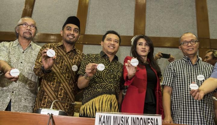 Foto Berita Bikin Lagu Kampanye Khofifah, Mas Anang Minta Bayaran?