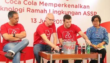 Foto Tekan Limbah Plastik, Coca Cola Luncurkan Teknologi ASSP
