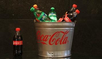 Foto Coca Cola Jadi Brand Favorit Enam Tahun Berturut-Turut