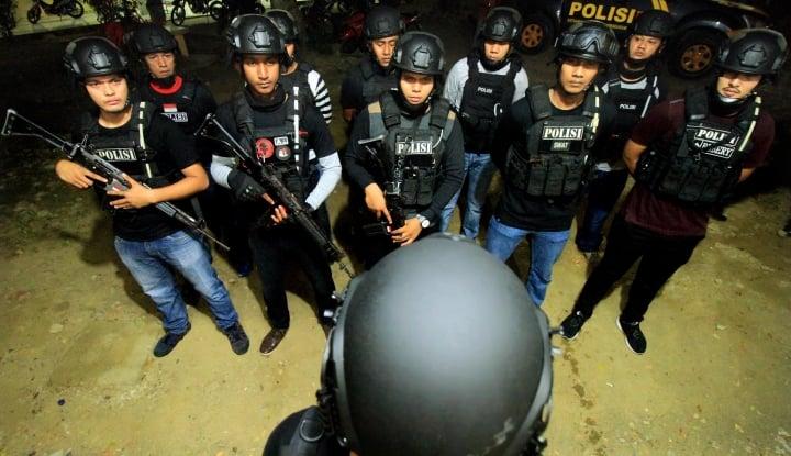 Foto Berita Cak Nun: Polisi Bukan Suruhannya Presiden