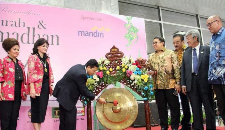 Foto Berita Bentuk Kepedulian, PIA DPR Gelar Bazaar Ramadhan Murah