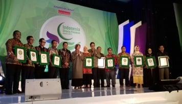 Foto Ini Dia Peraih Indonesia Sharia Finance Award 2017.