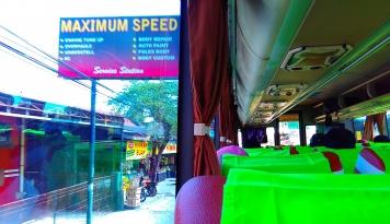Foto Bus Jurusan Surabaya Terpantau Sepi Penumpang