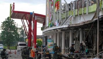 Foto Bom di Pinggir Jalan Tewaskan 6 Tentara di Selatan Thailand