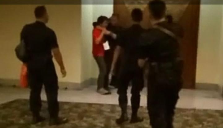 Foto Berita Wartawan LKBN Antara Jadi Korban Kekerasan Brimob