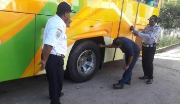 Foto Bus Angkutan Lebaran di Balikpapan 60 Persen Tidak Lolos Rampcheck