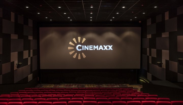 pengamat : iklan rokok di bioskop, langgar perda
