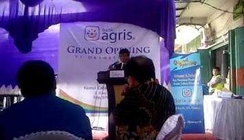 Foto Bank Agris Bantah Rumor Diakusisi BCA