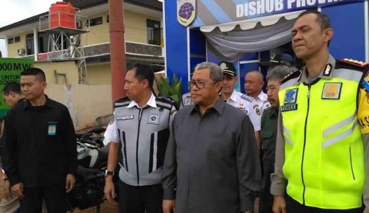Foto Kata Aher, 10 Tahun Jadi Gubernur Arus Mudik di Jabar Tahun Ini Paling Lancar
