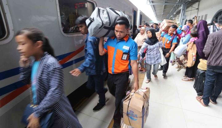 Foto Berita Rabu Ini Puncak Angkutan Lebaran di KAI Cirebon