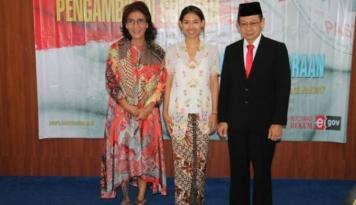 Foto Sah, Anak Menteri Susi Resmi Jadi WNI