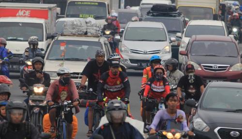 Foto Volume Kendaraan Pendatang Meningkat di Cianjur