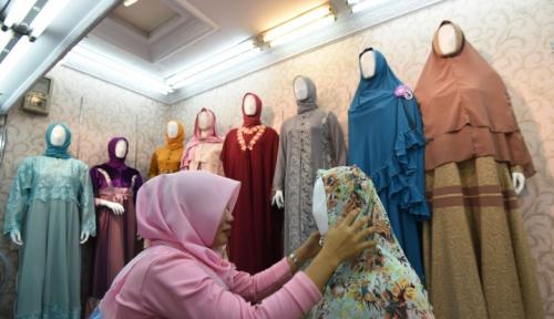 Foto Lebaran 2017, Penjualan Busana Muslim di Thamrin City Anjlok 60%