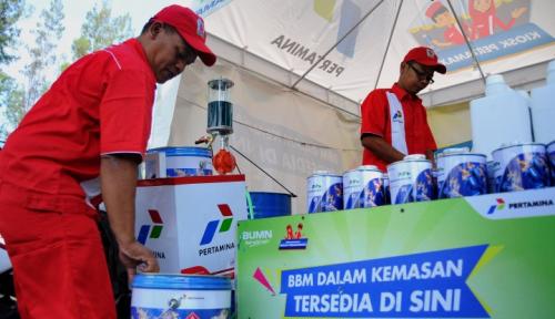 Foto Musim Mudik, Penjualan BBM di Jabar Melonjak 49 Persen