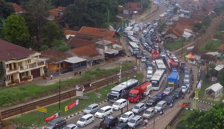 Foto Berita Kurangi Kemacetan, Jasa Marga Tata Rest Area