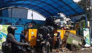 Foto Volume Sampah Lebaran Kota Bandung Naik 25 Persen