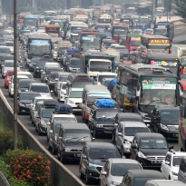 JSMR Ganjil-Genap di Jalan Tol, Jasa Marga Minta Warga Jangan Pakai Mobil Pribadi - Warta Ekonomi
