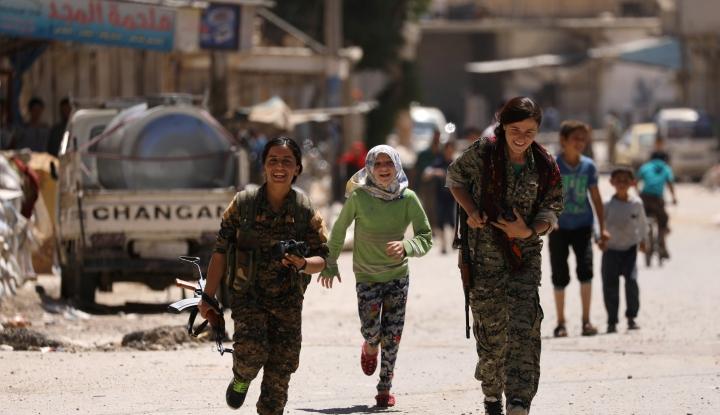 Foto Berita Oposisi Suriah Kirim Tentara ke Manbij