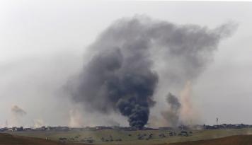 Foto Tiga Mortir Hantam Basis Militer AS di Irak