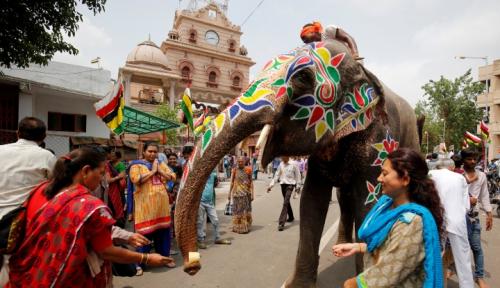 Foto India Tak Lagi Kriminalkan Tindak Perzinahan
