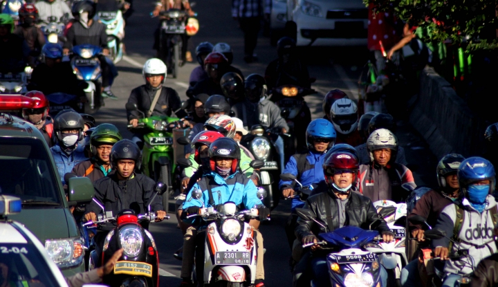 Foto Berita Polisi Tutup Jalur Puncak-Cipanas dari Arah Cianjur