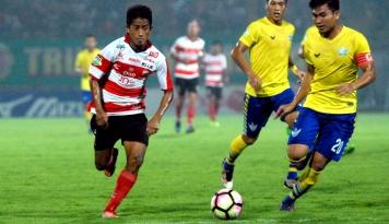 Foto Madura United Pesta Gol di Laga Perdana Piala Presiden